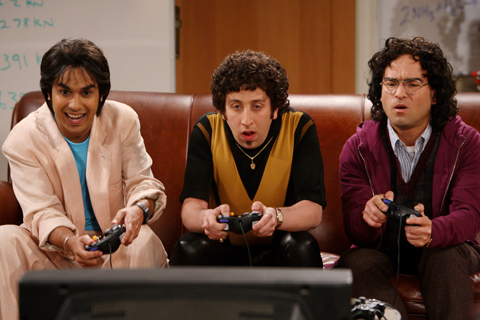 THE BIG BANG THEORY  よくTVゲームをしています。Haloとか、Wiiのボク